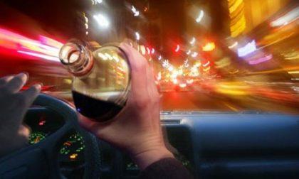 56enne alla guida ubriaco: denunciato e patente ritirata