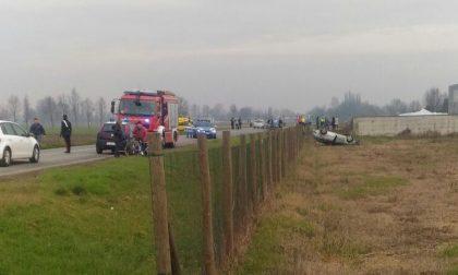 Incidente mortale a Leno: auto ribaltata