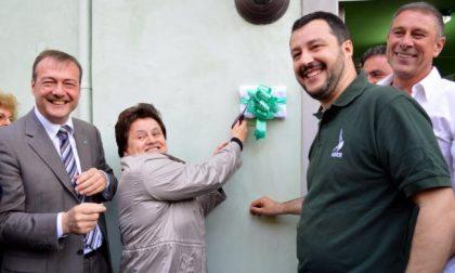 Europarlamentare il sindaco di Adro che marchiò la scuola col Sole delle Alpi