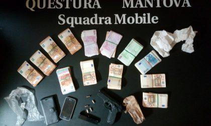 Mantova Centro: sequestrati 65mila euro, un'arma finta e oggetti per spaccio