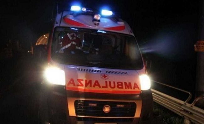 Incidente stradale in Campania: un morto. Traffico in tilt
