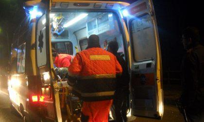 Caduta da moto, 32enne in ospedale SIRENE DI NOTTE