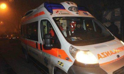 Ribaltamento con l'auto, grave un 41enne SIRENE DI NOTTE