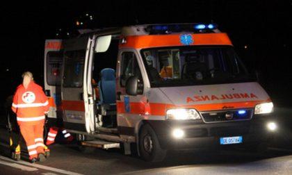 Investimento ciclista, quattro persone ferite SIRENE DI NOTTE