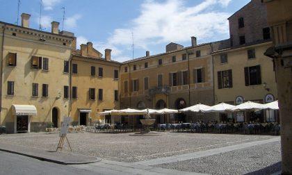 Mantova Capitale del Gusto torna il 25 aprile in piazza Broletto