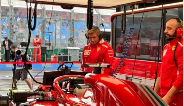 Meccanico Ferrari investito da Raikkonen sta bene: è del Garda