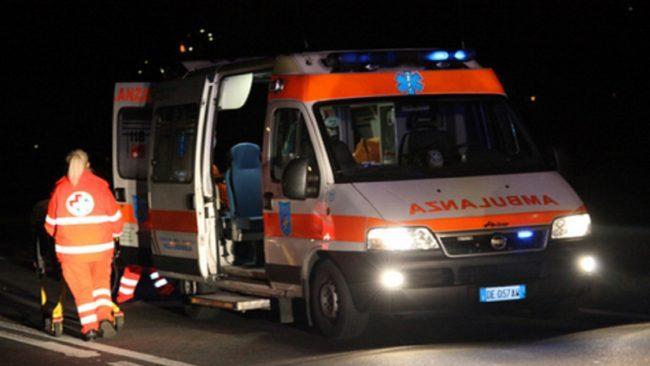 Auto contro auto a Suzzara, due persone in ospedale SIRENE DI NOTTE
