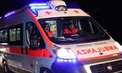 Incidente sul lavoro soccorso 22enne SIRENE DI NOTTE