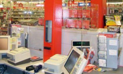 Manomettono il sistema di posta pneumatica: denunciati per furto aggravato