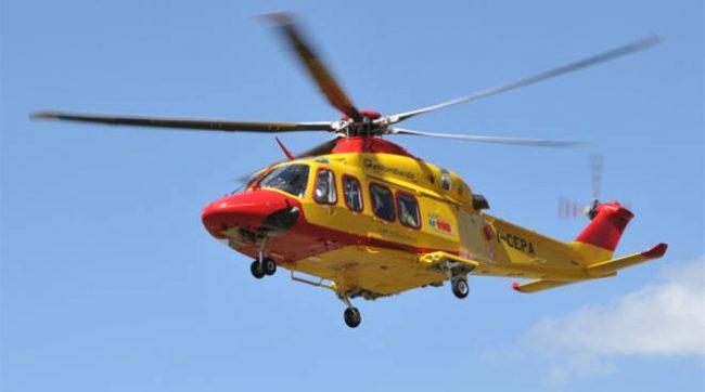 12enne trasportato d'urgenza in ospedale dopo essere caduto dalla finestra della scuola