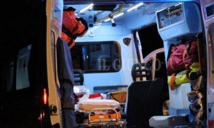 Cade dalla moto, soccorso 49enne SIRENE DI NOTTE