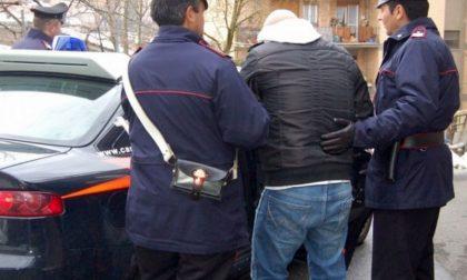 Associazione a delinquere, sequestro di persona, rapina, lesioni personali: arrestato 47enne