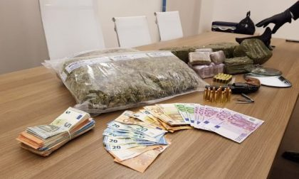 Giovanissimi costretti alla roulette russa per un debito di droga FOTO VIDEO
