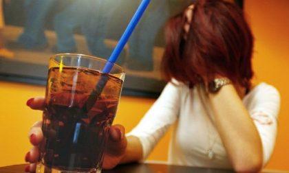 16enne ubriaca in pieno pomeriggio finisce in ospedale