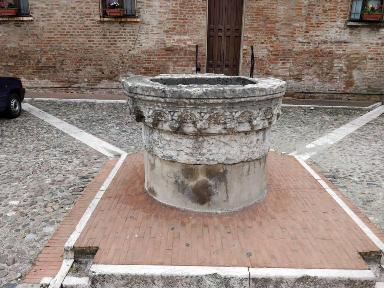 Mantova tesori piazza Alberti