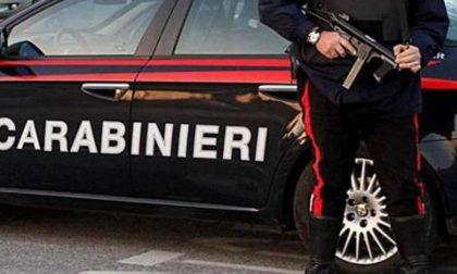 Prima lo minaccia e poi gli distrugge il furgone: denunciato 52enne di Bozzolo