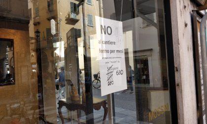"""""""Murati dal cantiere"""": la protesta dei commercianti di Mantova"""