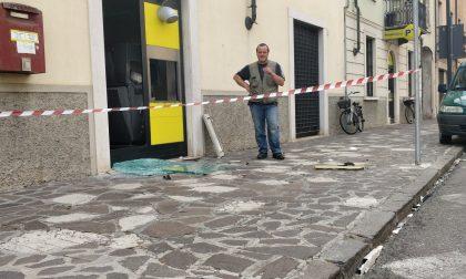 La gang fa esplodere il Postamat: notte di paura a Roverbella VIDEO