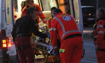 Incidente contro un ostacolo a Mantova, 52enne in pronto soccorso SIRENE DI NOTTE