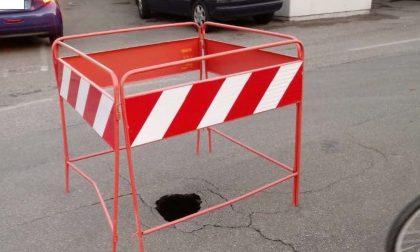 Viadana, il M5S vuole risposte sulla buca in via Sant'Antonio