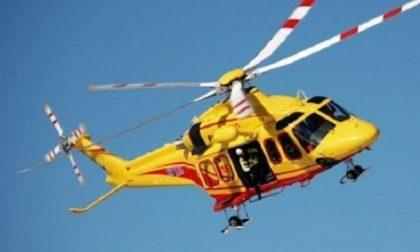 Scontro tra auto a Sermide, quattro uomini finiscono in ospedale