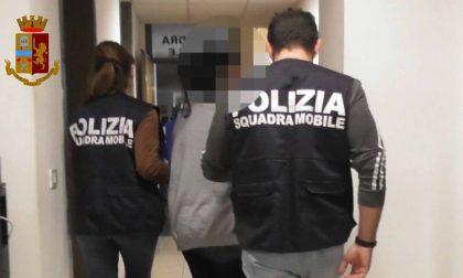 Arrestati in flagranza due spacciatori, uno doveva già essere in carcere