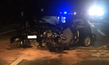 Tragico incidente in auto: muore un 83enne