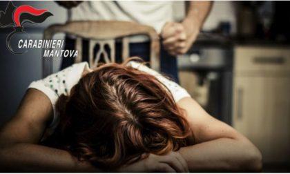 Dopo quattro anni di violenze domestiche riesce a denunciare il suo compagno