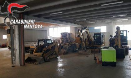 Escavatori, betoniera e macchine operatrici rubate, denunciato 36enne per riciclaggio