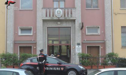 Lite per il furto di corrente elettrica: arrivano i Carabinieri