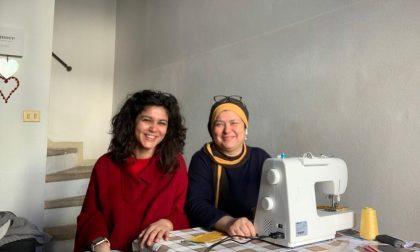 La storia di Vittoria e di mamma Najwa: insieme producono e donano mascherine a chi ne ha bisogno