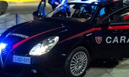 Fanno annullare le multe di amici e parenti spacciandoli per agenti sotto copertura. Cinque carabinieri nei guai