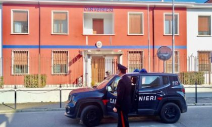 Moglie maltrattata denuncia tramite mail il marito violento e i Carabinieri lo arrestano