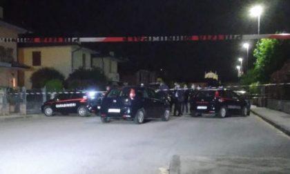 Femminicidio nella Bassa: ammazza la moglie davanti ai tre figli