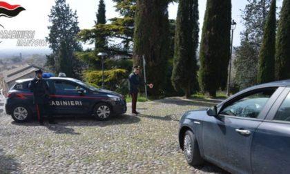 Ruba telefono cellulare al bar: 33enne denunciato a Castiglione
