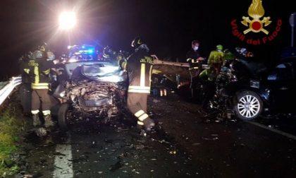 Tragico schianto nella notte, morte due ragazze di 19 e di 20 anni