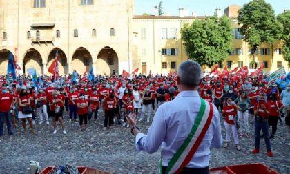 La lettera del sindaco Palazzi al fondo Investicorp per non abbandonare i lavoratori della Corneliani