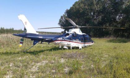 77enne va a pescare ma si perde nel bosco, ritrovato grazie all'elicottero dei Carabinieri