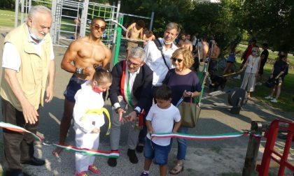 Comune e mondo dello sport hanno inaugurato le due aree fitness sul lungolago