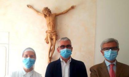 Palazzi in visita al San Clemente per incontrare il personale sanitario