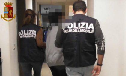 Arrestato ultimo membro di una baby gang dopo mesi di latitanza all'estero: ha solo 16 anni