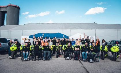 "In moto oltre le disabilità: ""Ride to life"" porta in pista centauri paraplegici FOTO"