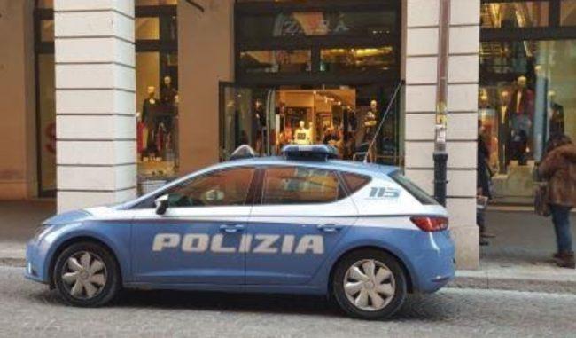 Violenta lite tra pregiudicati in un bar del centro di Mantova