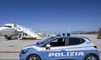 Pluripregiudicato della Romania scortato fino all'aereo e rimpatriato