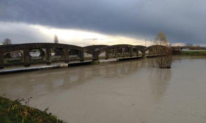 Preoccupante innalzamento del Secchia, chiusi il Ponte di Bondanello di Moglia e quello ferroviario di Quistello FOTO