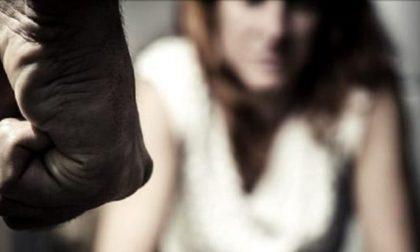 Picchia a sangue la convivente rompendole le ossa: per lui si aprono le porte del carcere
