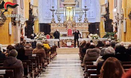Combattere le truffe: i Carabinieri fanno lezione durante la messa
