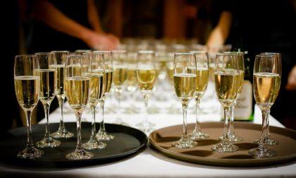 """La festa di Capodanno """"proibita"""" nel resort finisce sui social: 100 clienti sanzionati"""
