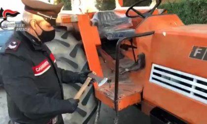 """Parte col trattore e un'ascia per ammazzare l'ex moglie: """"corsa"""" fermata dai Carabinieri"""