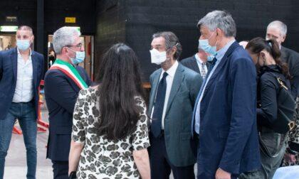 Fontana in visita all'Hub la Favorita, record di inoculazioni a Castiglione
